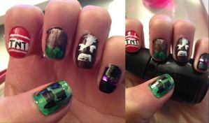Minecraft Nail Art by LovePeaceHearts
