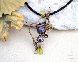 Amethyst wire wrapped pendant by IanirasArtifacts