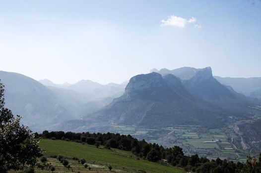Pyrenees 2 by mnphoto