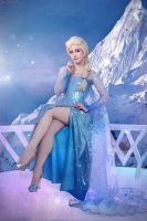 Frozen Pin Up by adelhaid