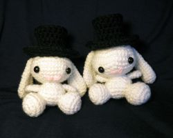 Amigurumi Bunnies with Top Hats by theCuddlyCephalopod