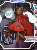 Clawdeen Wolf Scarily Ever After by SakuraH18