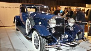 The 1932 Lincoln KB Dietrich by Thrumm