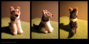Needle felting - Woolf by spocha
