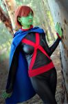 Miss Martian by Para0Doll