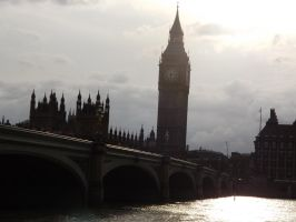Thames Bridge by TheRightWriter
