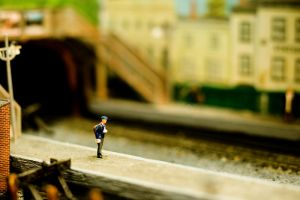 Little People. 12 bis by DefyingInfinity