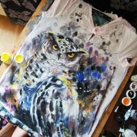 owl on tshirt by bemain