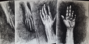 Charcoal hands by EmeSso
