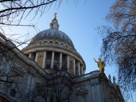 St Paul's dome by photodash