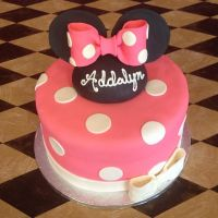Minnie Mouse Cake by TheSugarBaby