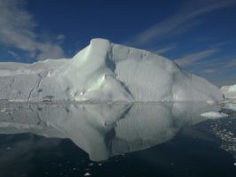 Ice reflection by bellaricca