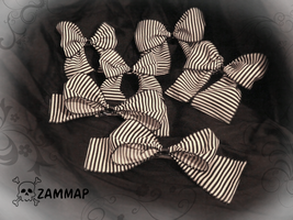 Striped Gothic Bows by zammap
