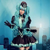 Vocaloid Miku cosplay by Mcosplay