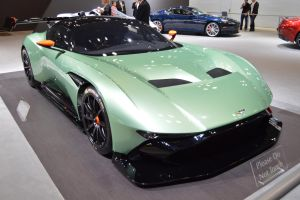 Aston Martin Vulcan by Brooklyn47