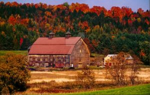 An Old 1850s Barn. by NewEnglandPhotograph
