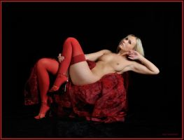 Red like a vibrating Passion, by mic-ardant