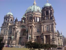 the Berliner Dom by purpLesBLACK