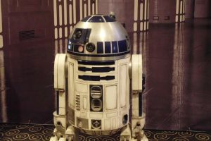 R2D2 by Jhadin