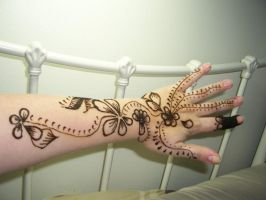 Henna arm design by ChibiButterfly