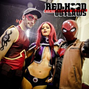 RED HOOD AND THE OUTLAWS by robytheloser