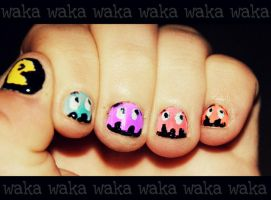 Pacman nails by Sqwishi