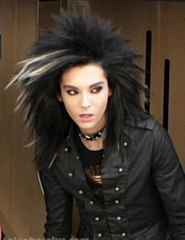 Bill looks sooooo HOT by stephiie69