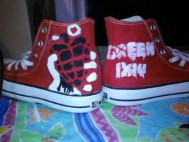 GD converse by QuiteCrazy