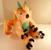 Gold and Blue teddy Dragon 2 by Jadetiger
