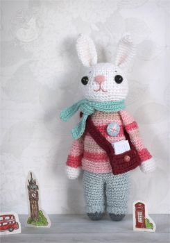 London rabbit by Keila-the-fawncat