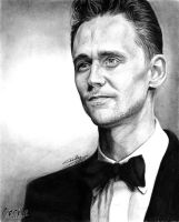 Tom Hiddleston by cecilepellerinfrance