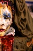 cloWN GIRL (detaiL) by J-griEGO