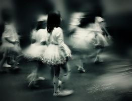 Ballet girls by slatkatajna