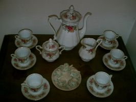 Tea Set by SportaTiffany