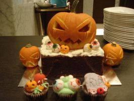 Halloween Pumpkin Cake by Sliceofcake