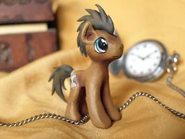 Dr Whooves sculpture by Pingwinowa