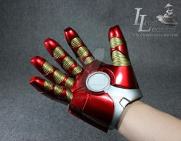 Ironman MK17 Heartbreaker Glove (right hand) by Leonardis7