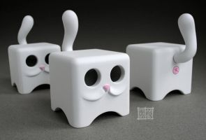 Moof's, Cubed Kitteh's by freeny