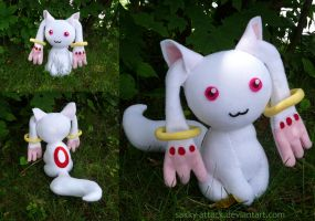 I'm Too Sexy - Kyubey Plush by sakkysa