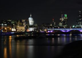 'London at night' by FunkyBah