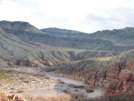 Virgin River Gorge, AZ 2078 by archambers