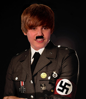 HITLER BEIBER by Cleafesphere
