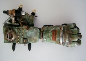Old War Gauntlet by Coffin-kiss