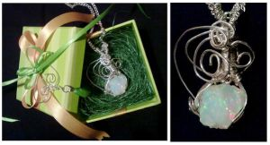 Mother's Day Wire Wrapped Pend by Meeresniveau