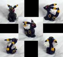 Gift: Chibi Umbreon sculpt. by Magickie
