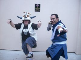 Sokka and Appa cosplayers by deviantheartless
