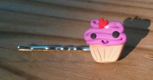 Purple Love Cup Cake Bobby by Gynecology