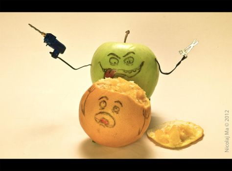 The Mad Apple #02 by matheist