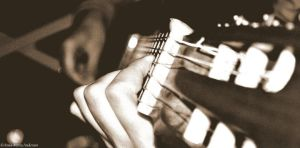The guitar can make beautyful notes by Annasphoto