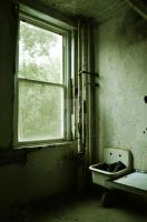 Waverly Hills Patient Room 2 by HodkinsonPhotos